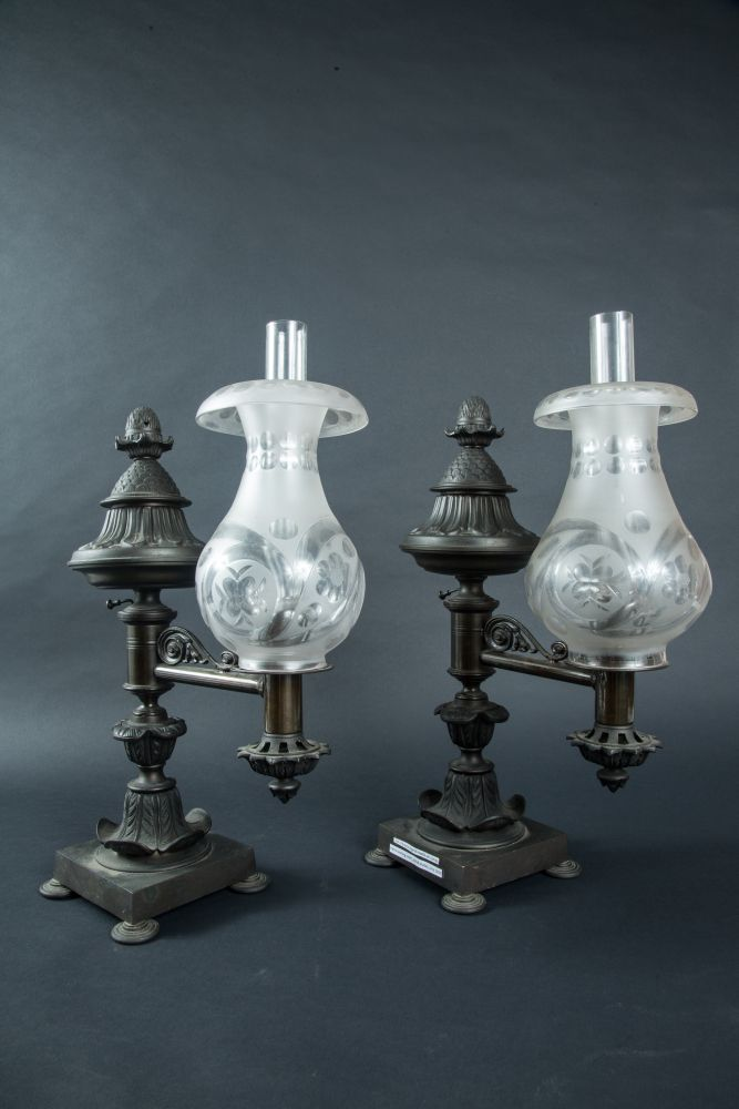Antique Dealers Association Of America Pair Of Argand Overmantle Lamps With Images Antique Oil Lamps Antique Lamps Lamp