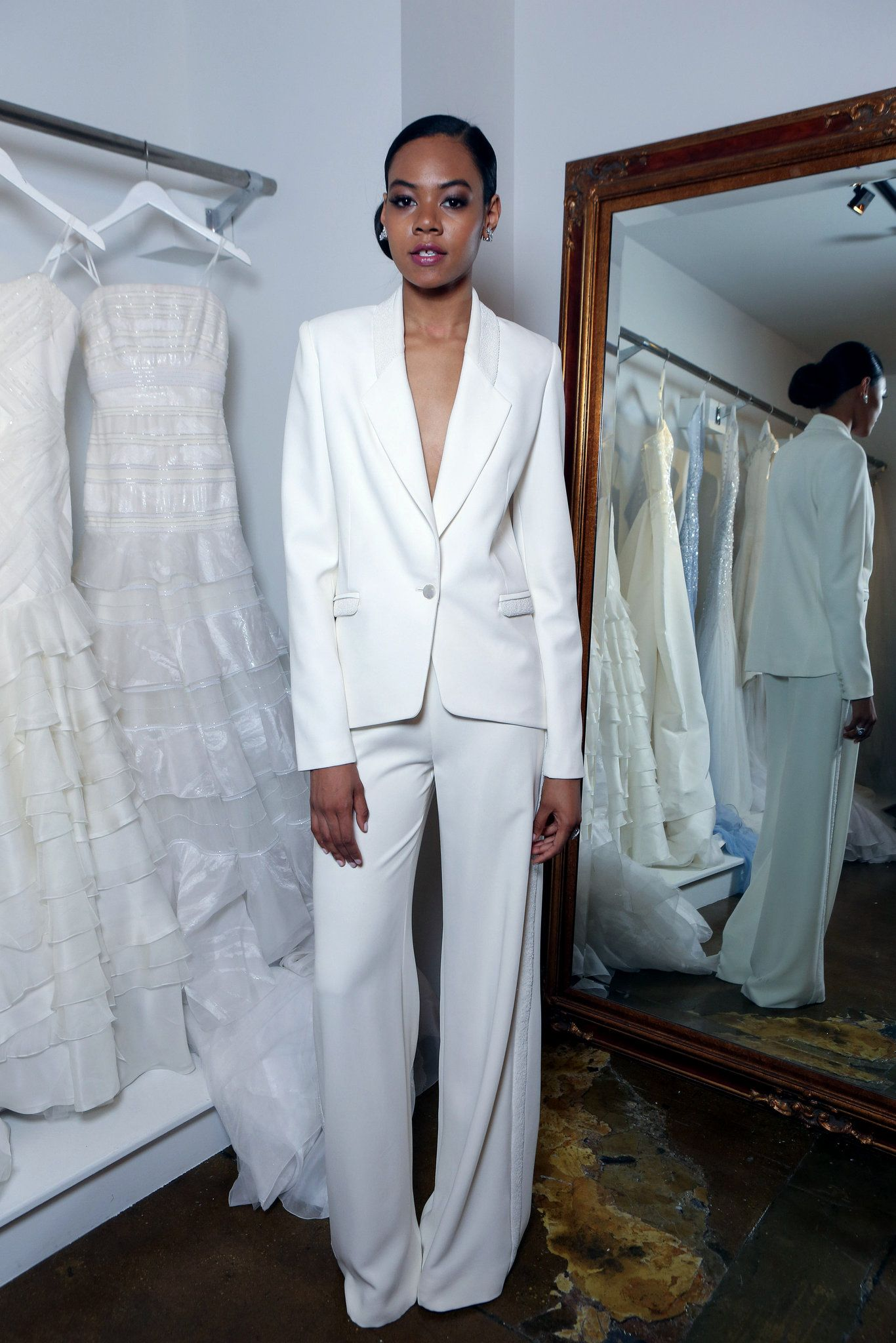 At Bridal Fashion Week, Sultry and Provocative | Fashion weeks ...