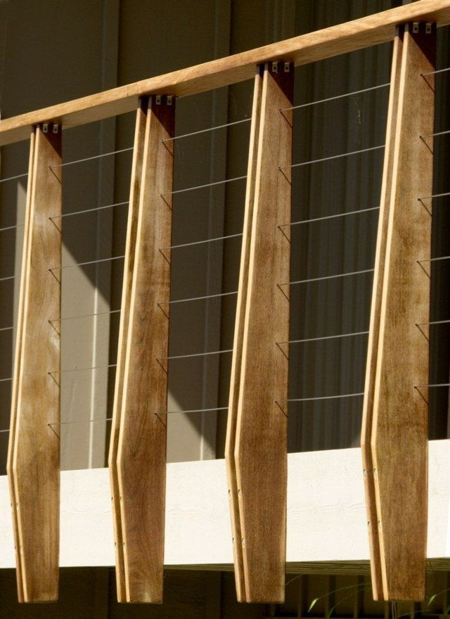 Holz Metall Gelander Leisten Modern Stilvoll Design Balkon Pinte