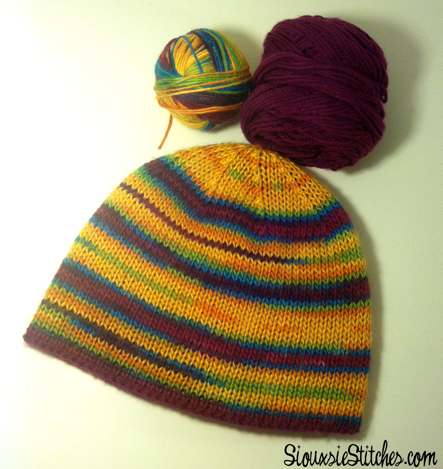 Free reversible hat knitting pattern by SiouxsieStitches.com ...