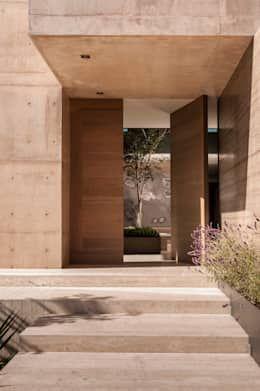7 diseños modernos de puertas de madera   homify