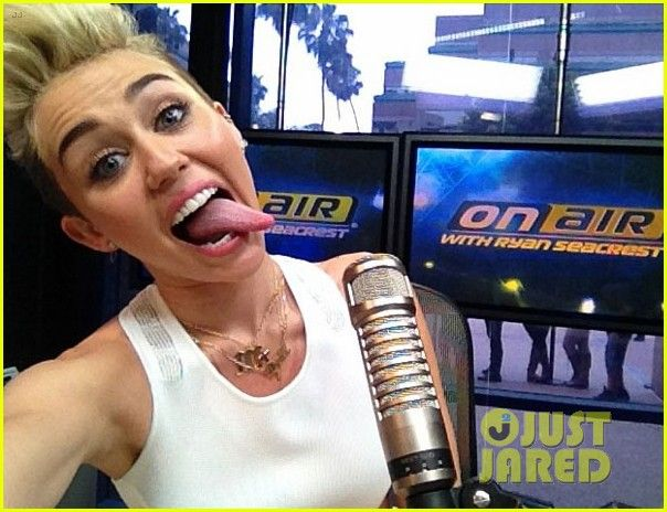 Miley Cyrus: We Cant Stop Interview with Ryan Seacrest!   miley cyrus we cant stop interview with ryan seacrest 03 - Photo