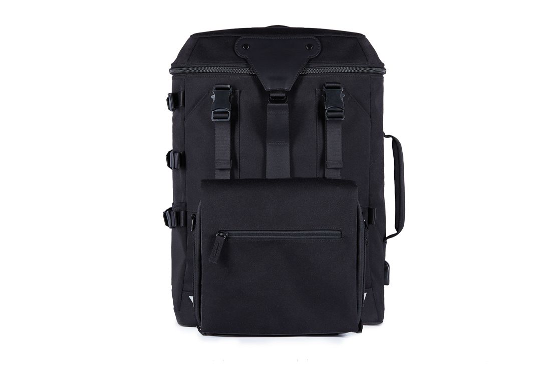 Transformer A By Venque The Ultimate Bag For Everything Venque Design Milk Transformers