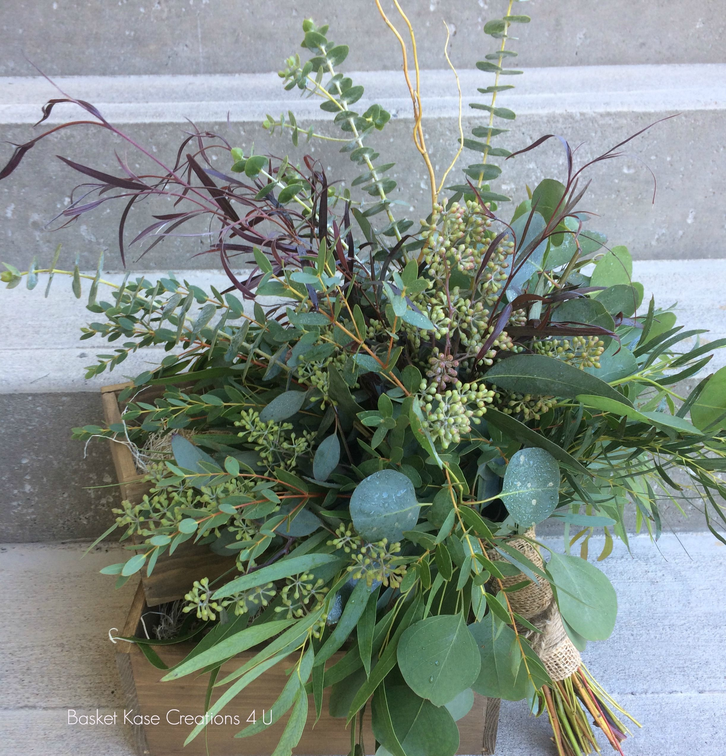 Full Foliage Bridesmaid Bouquet No Flowers Needed For This Beauty 5 Varieties Of Eucalyptus Curly Willow Agonis Finishe With A Jute Wrap