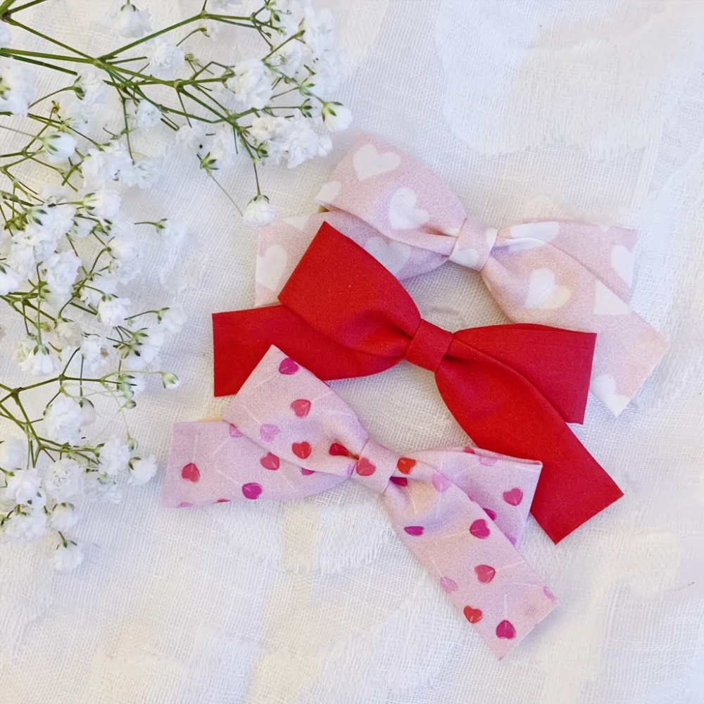 Baby Valentine Bow Mini Bow Headbands Headbands for Babies Preemie Bows Valentine/'s Day Bow Set Newborn Bow Baby bow Newborn Headband