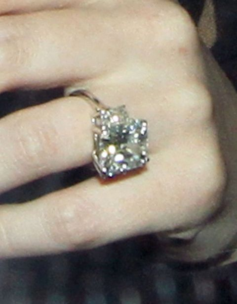 million dollar wedding rings post_image hilary duff million dollar ring - Hilary Duff Wedding Ring