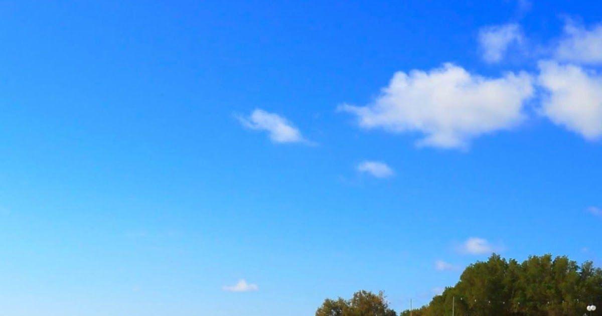 Gambar Pemandangan Langit Senja Langit Yang Memiliki Awan Cirrus Dan Stratus Tipis Ditambah Warna Mempesona Mat Wallpaper Matahari Terbenam Pemandangan Gambar