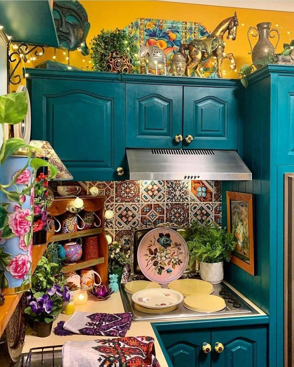 40 awesome bohemian kitchen design ideas for comfortable cooking if you are in the mood to on kitchen decor hippie id=52410