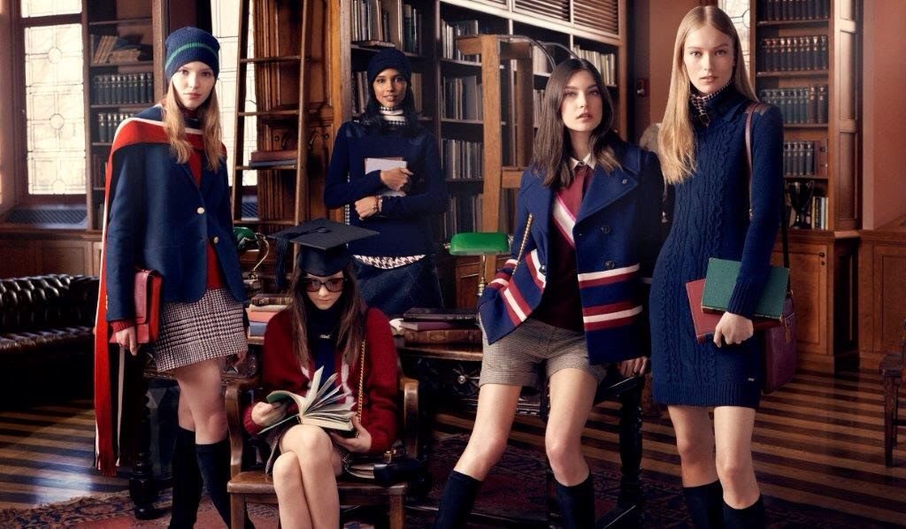 Tommy Hilfiger 2014 winter collection, le pull robe bleu
