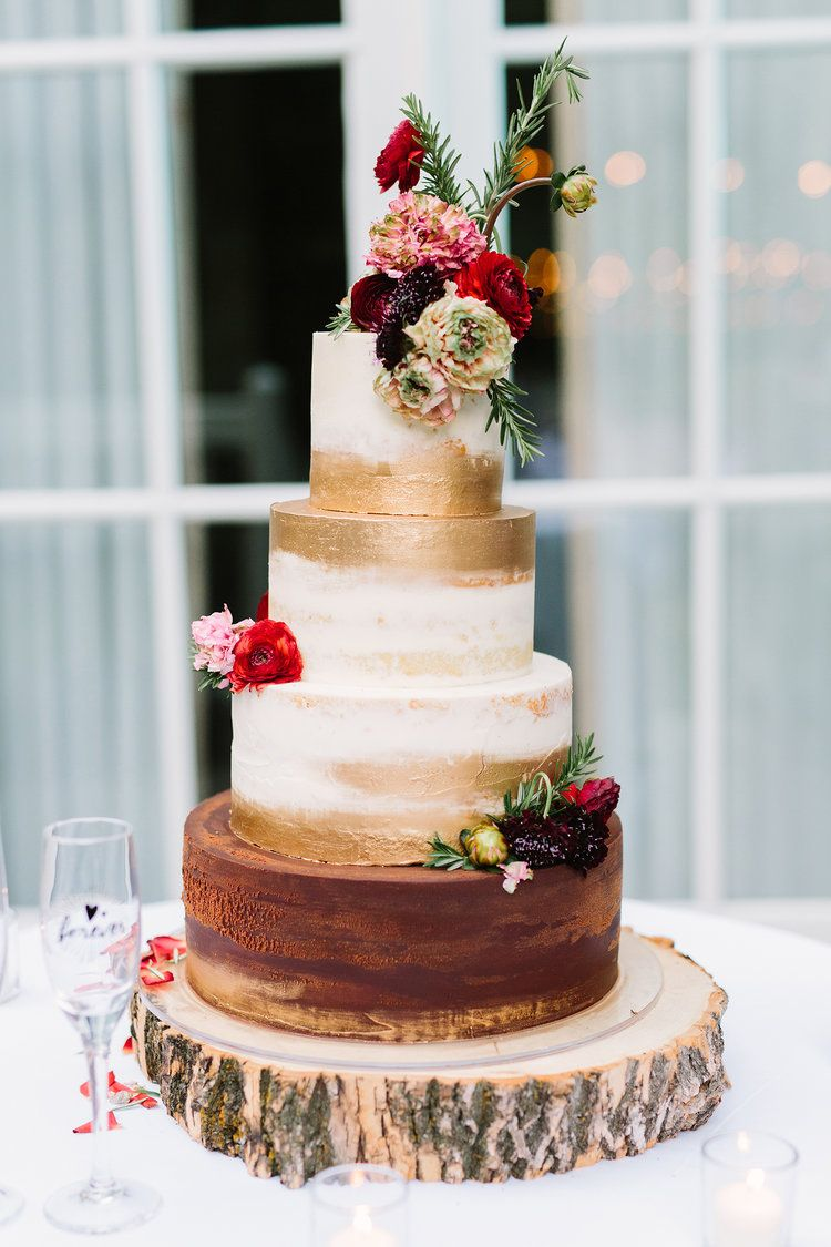 Napa Wedding. NYC Film Photographer. Valentines Day wedding. Pantone Wedding Colors. NYC Wedding Photographer. Amazing Wedding Dress. Best Wedding ideas. Stephanie Sunderland Photography.  Gold Wedding Cake