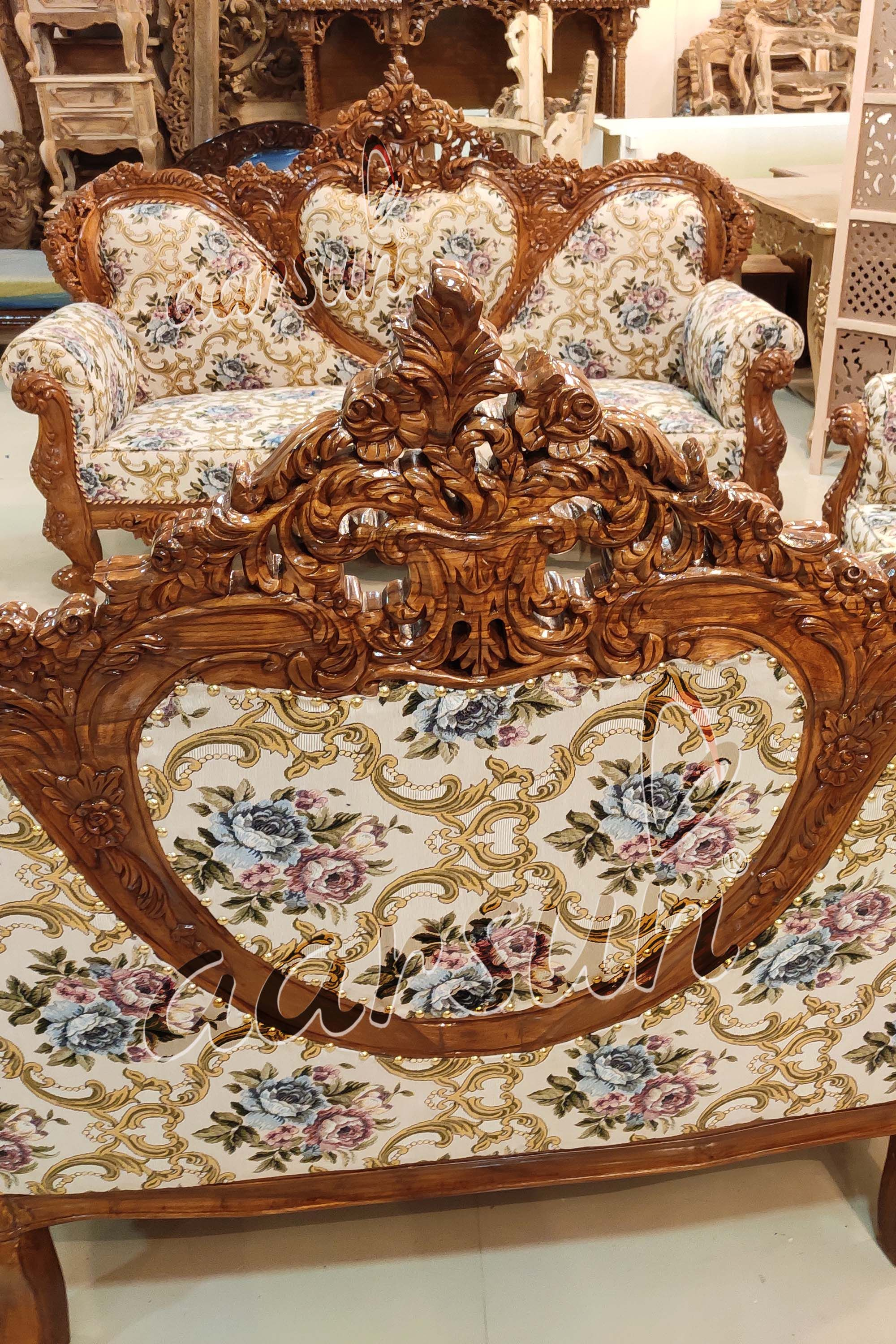 Both Side Carved Wooden Sofa Beautiful Back And Front View Aarsun Carved Wooden Sofa Sofa Set Beautiful Sofas