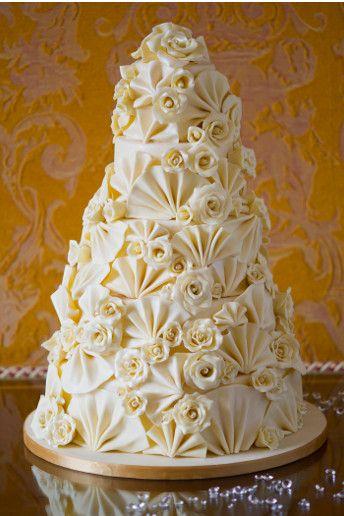Chocaholic paradise Victoria cake GC Couture