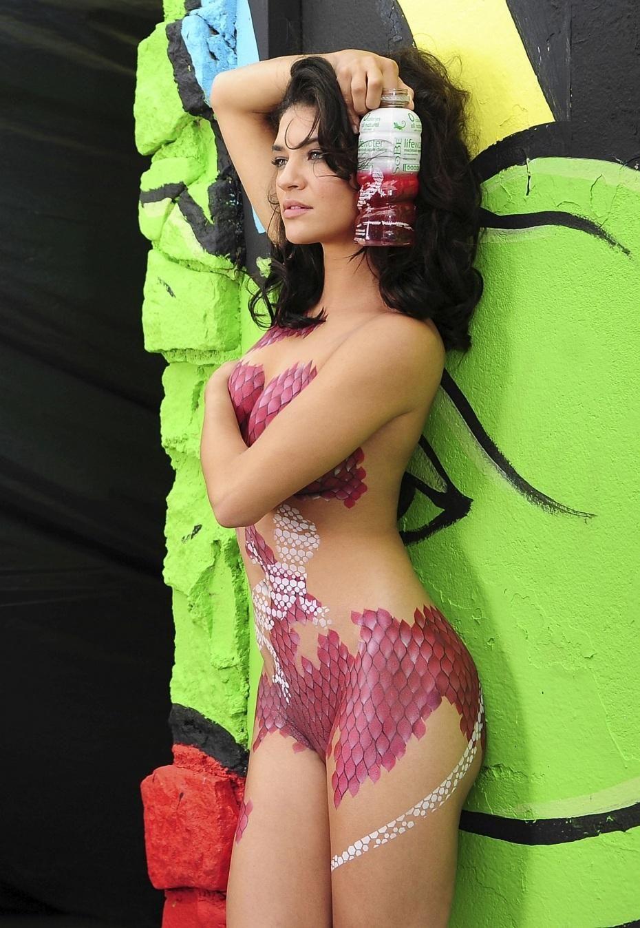 Hot Jessica Szohr