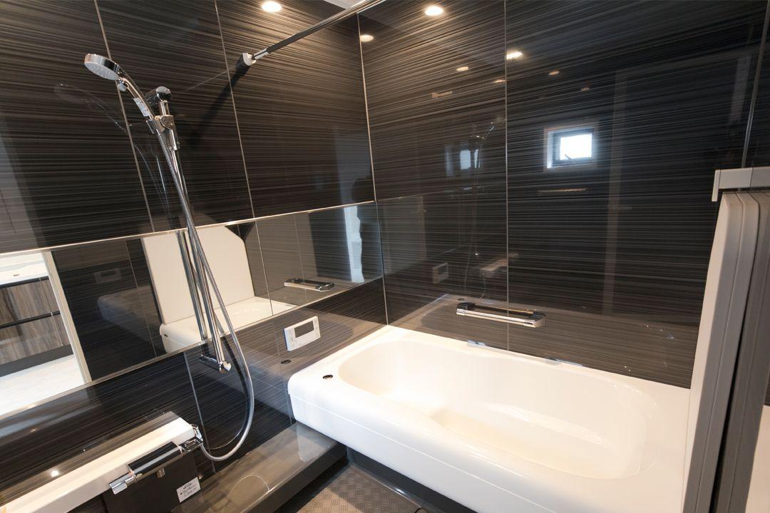 オープンハウスの家 File 05 大吹き抜けが彩るラグジュアリーな日常 都会で憩う デザイナーズハウス 浴室 風呂 Bathroom デザイナーズ ハウス 家 オープンハウス