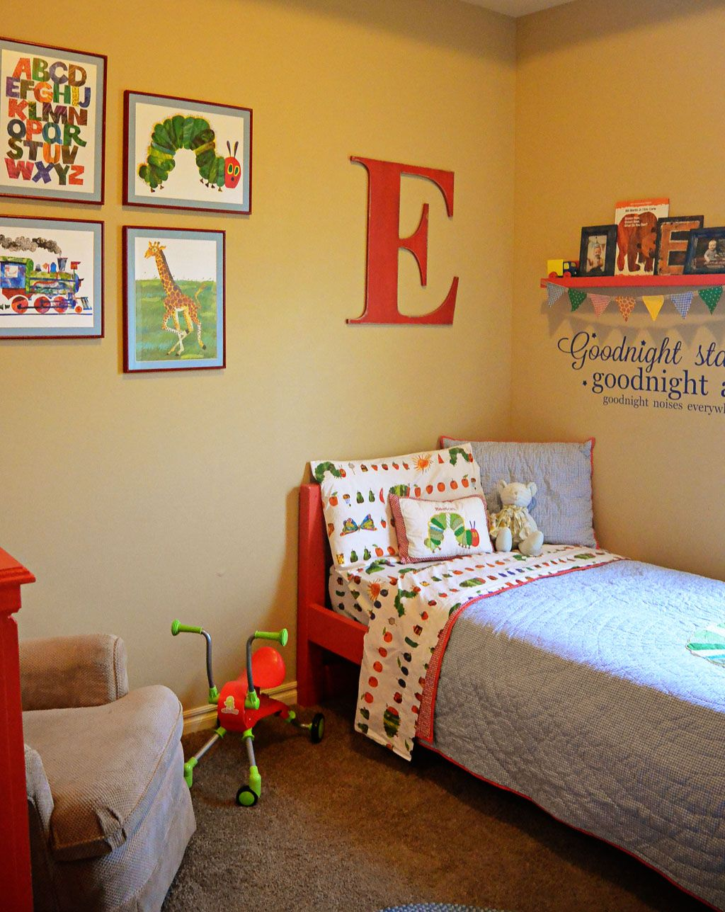 Little Boy Room Ideas: Little Boy's Bedroom. I Like The Big Letter Over The Bed