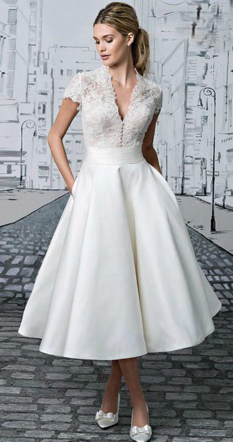 45 Amazing Short Wedding Dress For Vow Renewal | Kleider