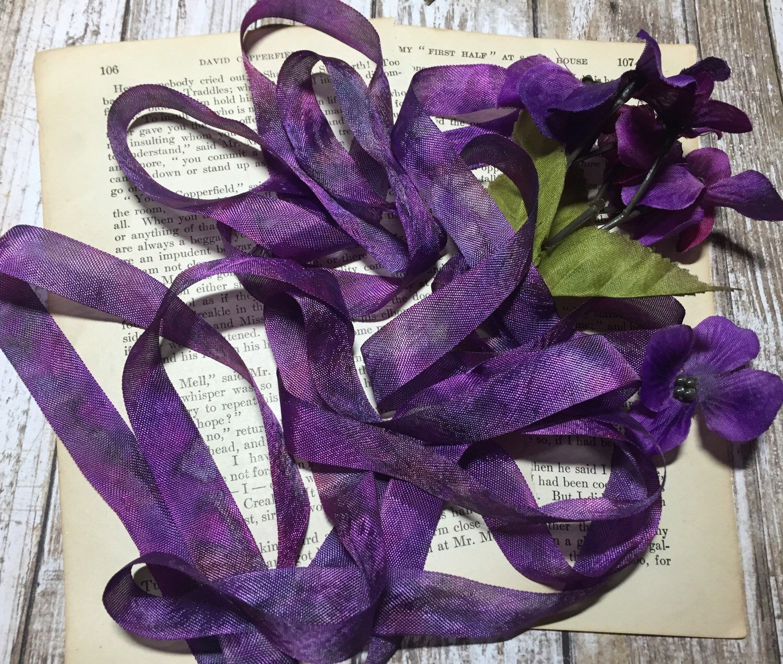 Blueberry Merlot 3 Yards Hand Dyed Seam Binding Crinkle