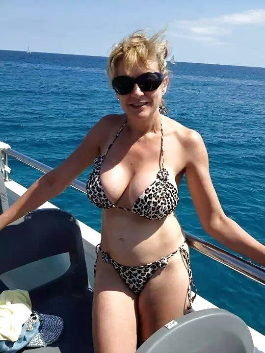 from Lennon beautiful sexy mature australian women