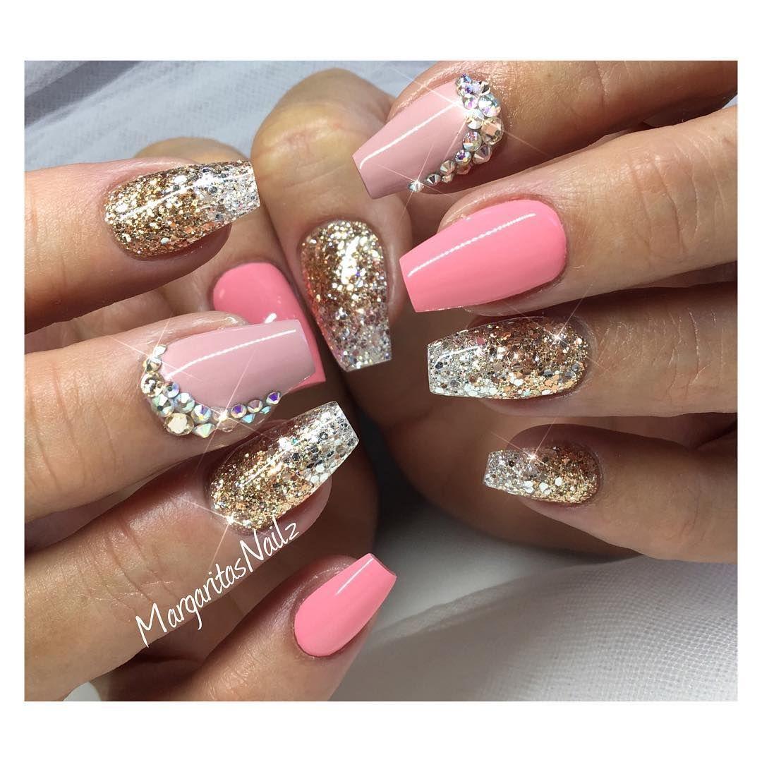 Pin by Wannenburg on nail and nail art | Pinterest | Glitter nails ...