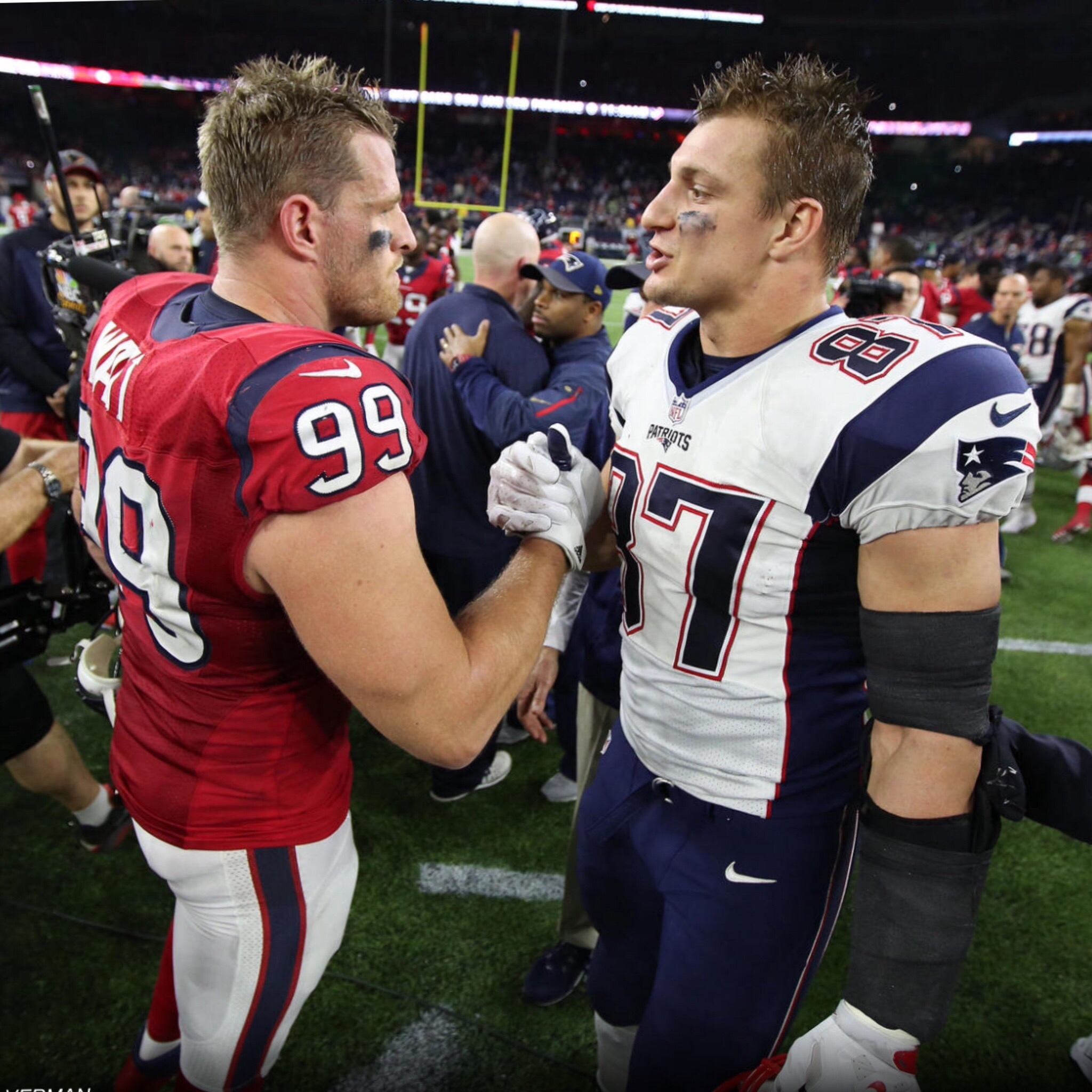 Pin By Laurie Ann On Rob Gronk Gronkowski Nfl Fantasy Football New England Patriots Gronk