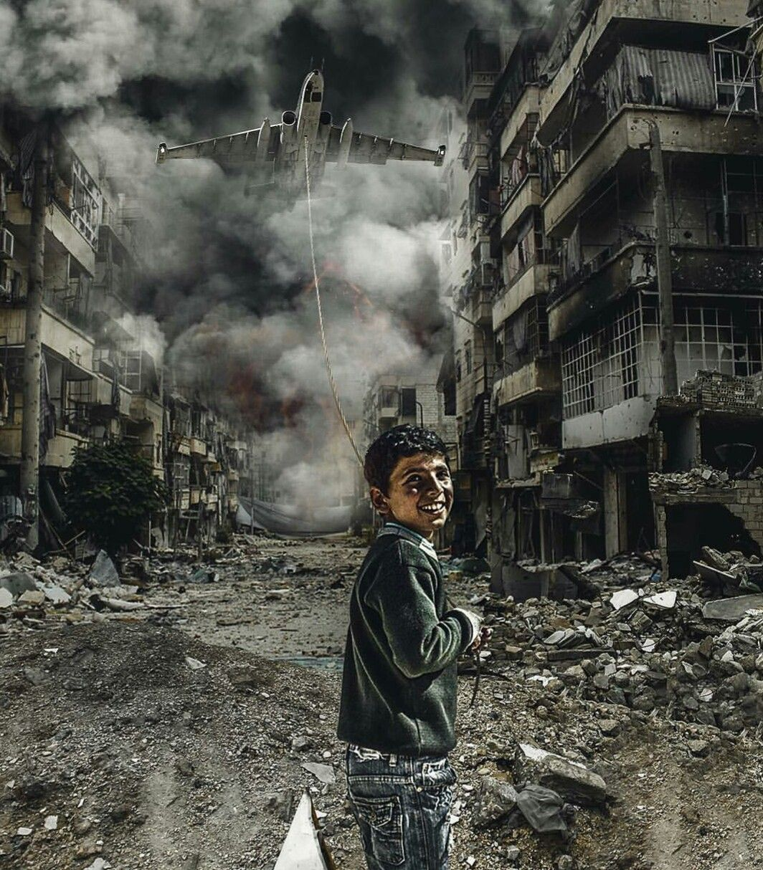 Bambini in #Siria e altre zone di guerra, stanno crescendo con macchine da…