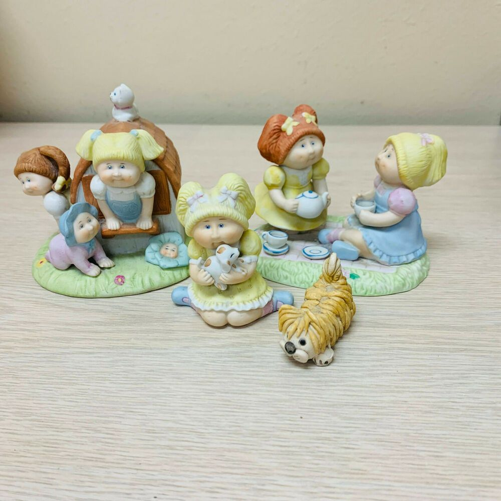 Cabbage Patch Kids Figurine Porcelain Lot Xavier Roberts Clubhouse Tea Party Dog Ebay Cabbage Patch Kids Tea Party Figurines