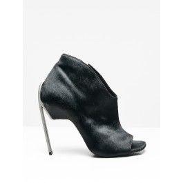 kipling heel