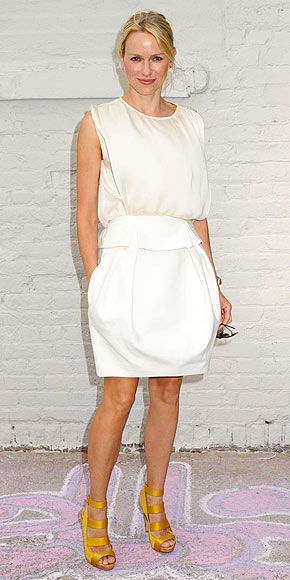 easy breezy ...love the white + yellow shoes