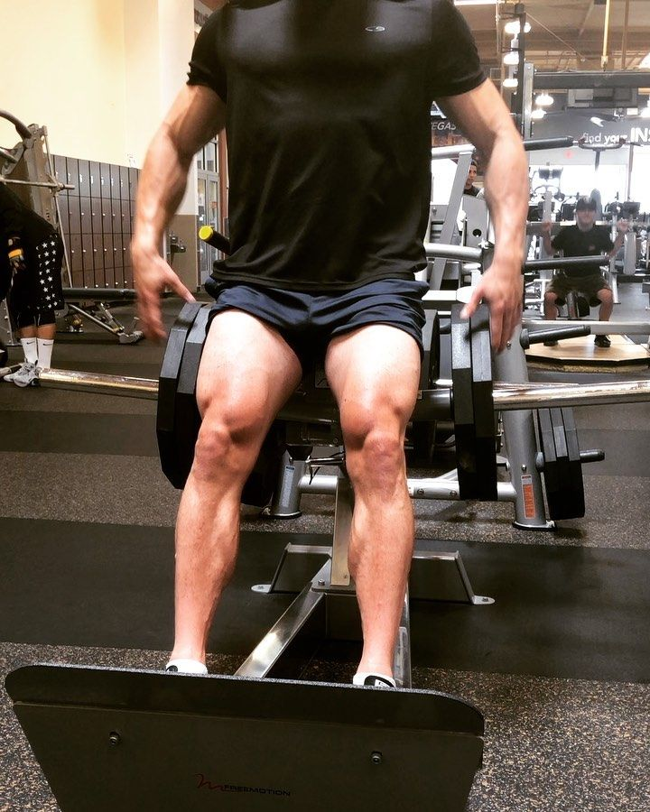 I believe they call these hack squats because they literally hack into the muscle to make it grow🤭😎...