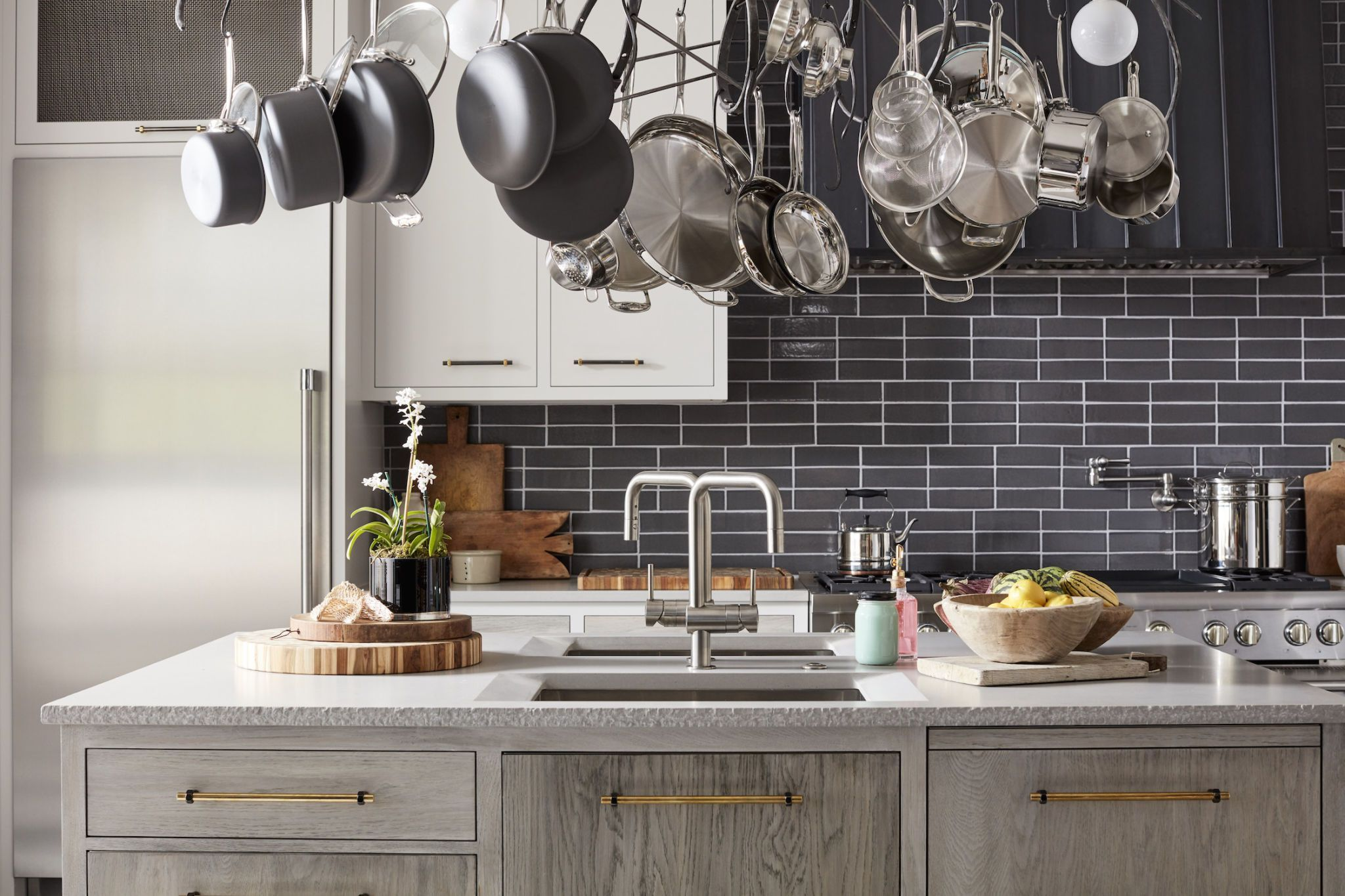 Best 19 Genius Details From Our 2017 Kitchen Of The Year 400 x 300