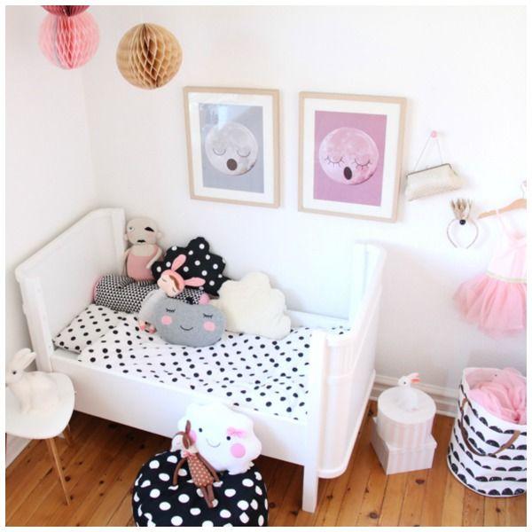 Una habitaci n para beb ni a muy tierna y bonita la - Habitacion de bebe nina ...