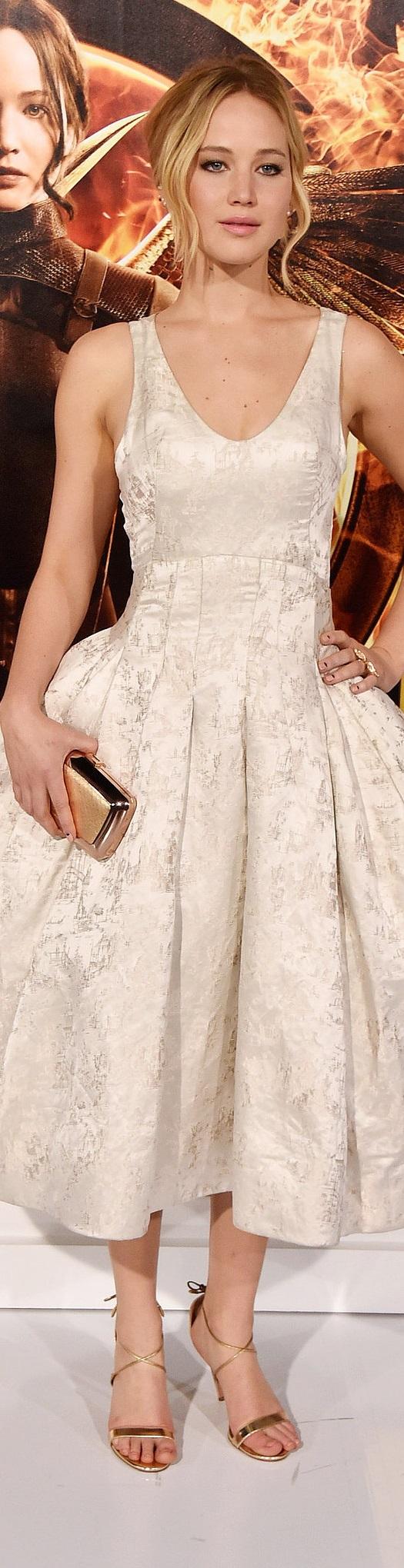 Jennifer Lawrence in Dior ..rh | Gefällt
