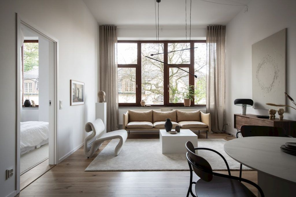 Warm Minimalist Living Room Coco Lapine Design In 2020 Minimalist Living Room Minimalist Living Living Room Designs #warm #minimalist #living #room