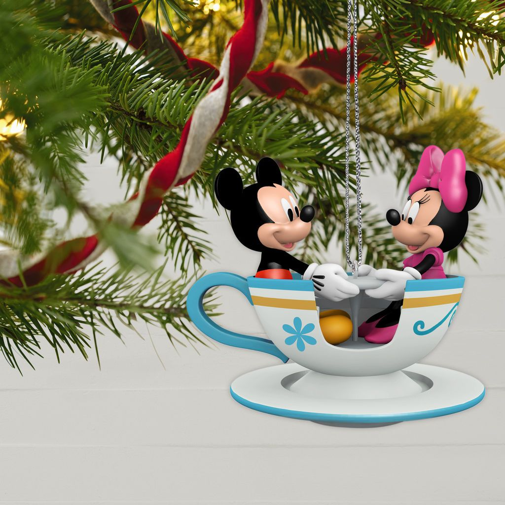 Disney Hallmark Keepsake Ornaments To Premiere In July Hallmark Christmas Ornaments Disney Christmas Ornaments Hallmark Disney Ornaments