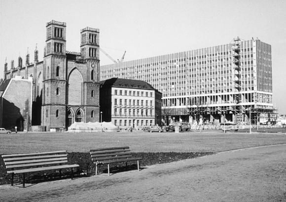 Werderscher Markt mit Außenministerium DDR, 1966
