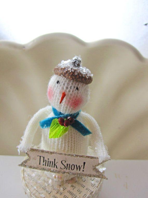 cute lil snowman with acorn beret