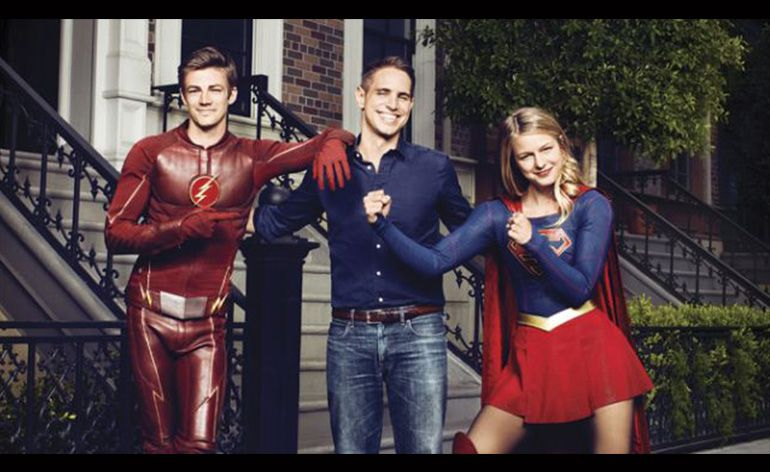 The CW Flash Supergirl crossover
