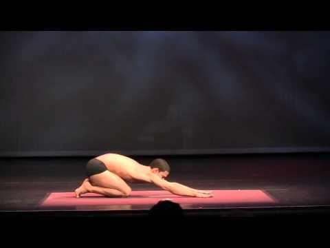 joseph encinia  demonstration at 2012 usa yoga asana