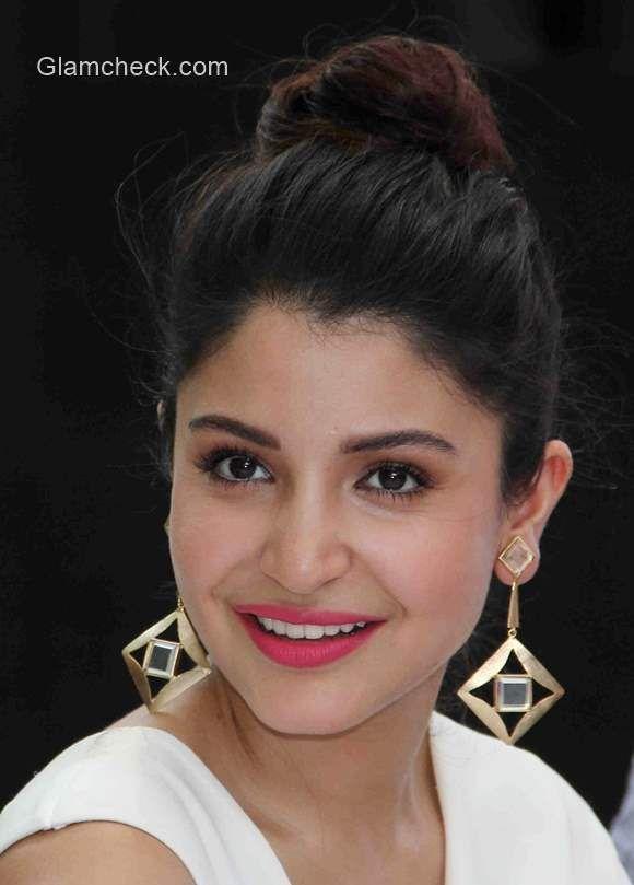 Anushka Sharma Bun Hairstyle 2015 Bun Hairstyles Pinterest