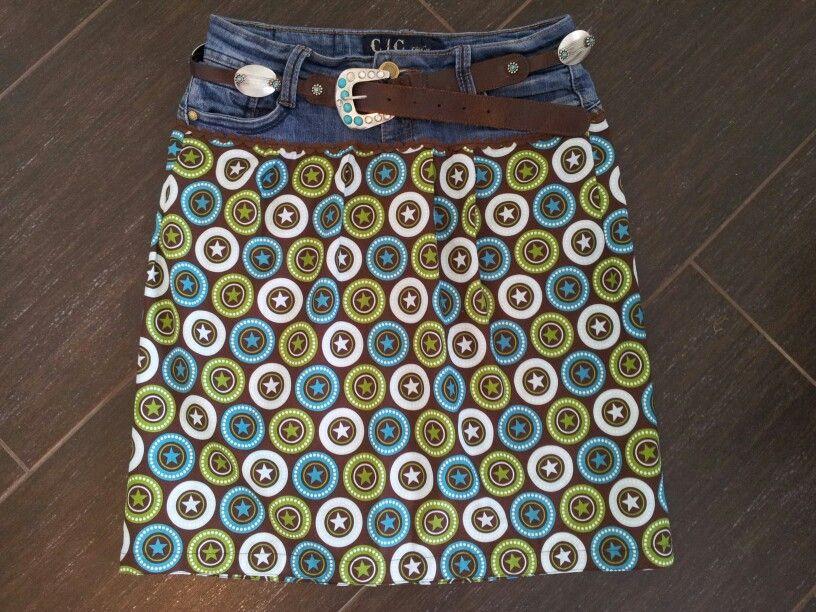 Una forma original para reciclar pantalones usados.Una falda ...