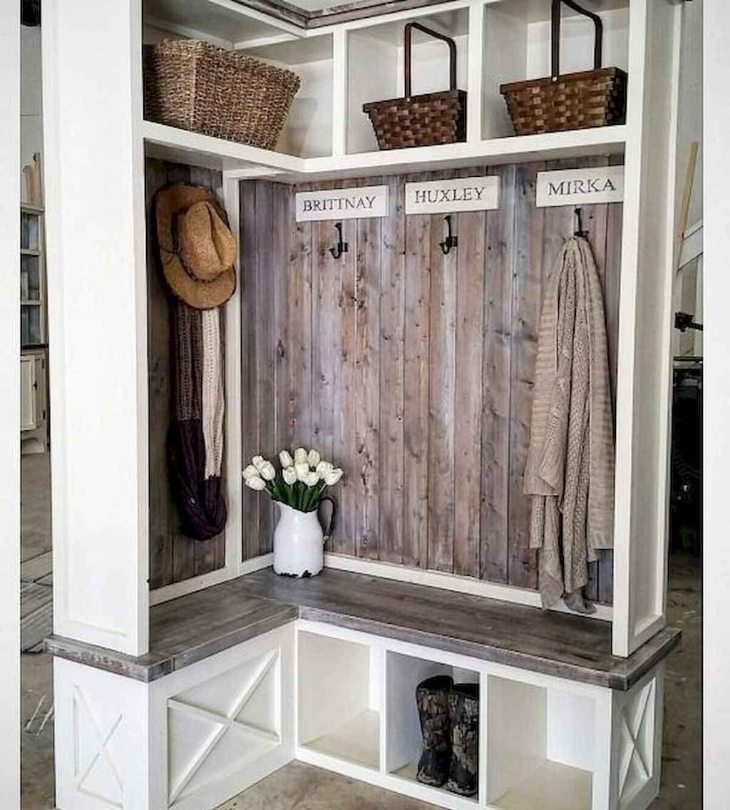 01 rustic farmhouse mudroom bench ideas in 2020 Laundry