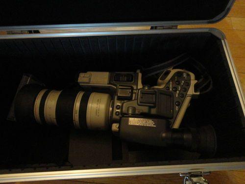 Canon Hi8 Video Camera L2A gray/white 1994 Camcorder works