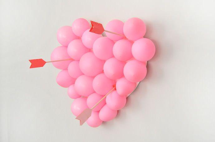 Valentine's Day party idea: Balloon pop! So fun!