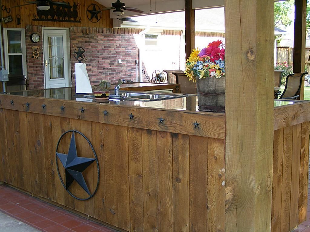 39 rustic 39 western texas themed covered patio outdoors for Rustic covered decks