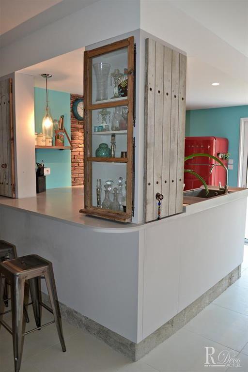 Fenêtre à guillotine sur cuisine encastrée Projets à essayer