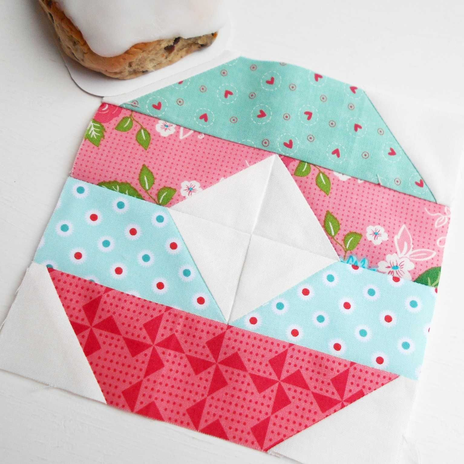 The Splendid Sampler block no. 10 - Iowa.  A simple patchwork block from Sherri McConnell from A Quilting Life.