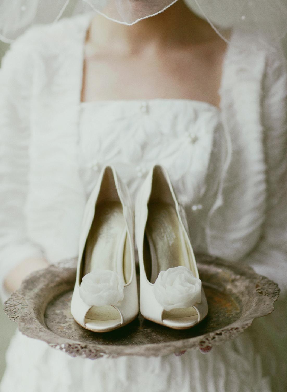Tus zapatos en bandeja.....