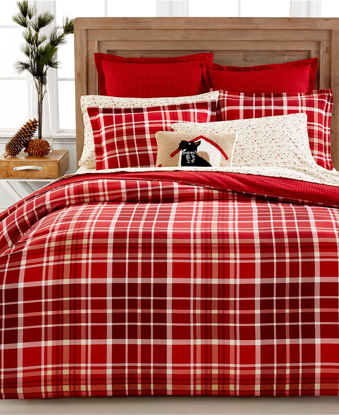covers wooden for plus classy king and headboard floor ideas bedding plaid sets sidetable also comforter rugs with bedroom creative pillows furniture duvet