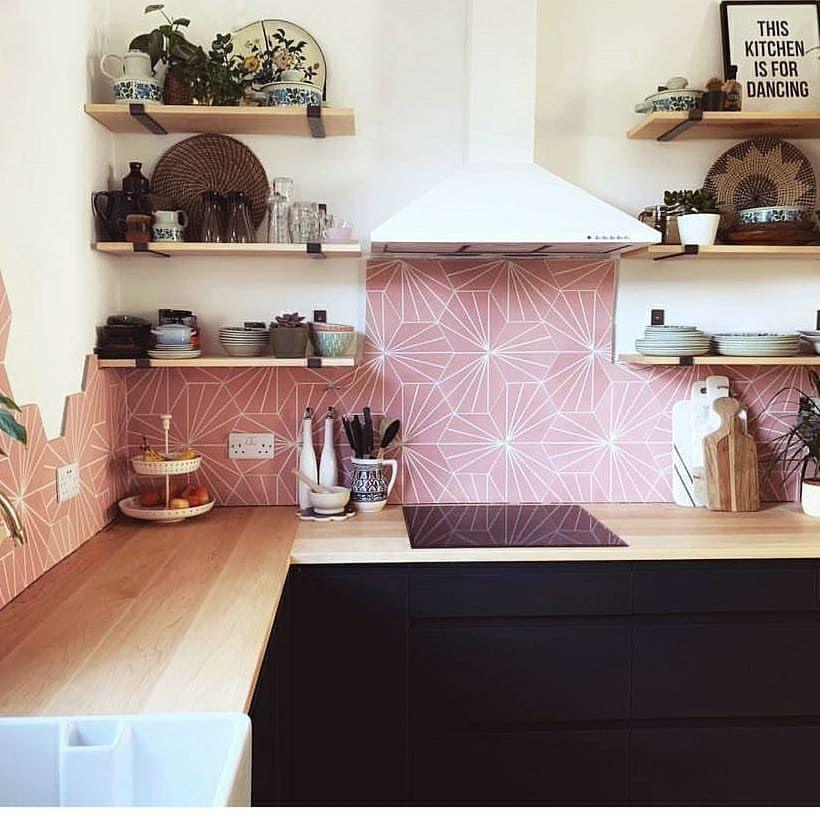 Best Pink Backsplash White Hood Folksy Details Modern 400 x 300