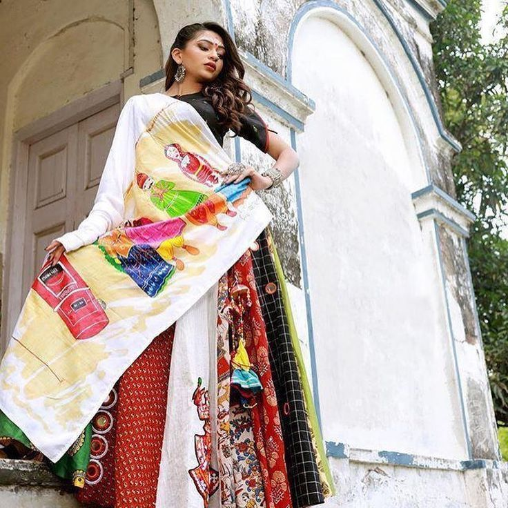 #instashop #Shopping #store #womenstyle #womenfashion #makeup #fashion # #*New #launching #?*  *New launching ?* *Navratri special * *Dhandiya ?Rass?* ??????? *Febric details:-* *?Blouse ?:- * Tapeta butti febric.  Unique sleeves.  Full stich *Skirts?:- * Havvy satin Bangolry Febric.  Malti Gamthi print  With inner  6.5 mtr flair(full ghero) With latkan *?Dupptta:-* *Havvy Dhandiya rass print* With creap dupptta  Size:- L. (40)  Xl. (42)  Xxl. (44) *Price :- 1299/- Ready to ship ?  Multiple pics #chaniyacholi